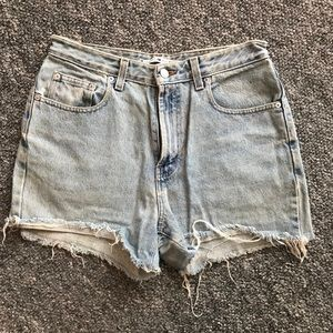 Vintage 90's Tommy Hilfiger cut off jean shorts